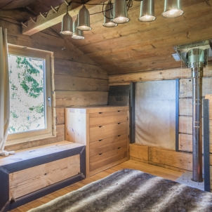 Une chambre double, avec ungrand litde 140x190 cm